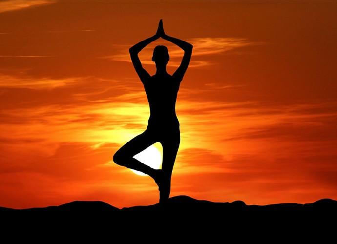 bai-tap-yoga-giam-can-huong-dan-cac-bai-tạp-yoga-giam-mo-bung-cho-nu-6
